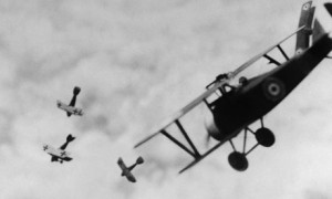WW1-British-Bi-Plane-Fight-001