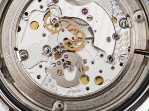 Omega-Seamaster-Watch-Movements-compared-15